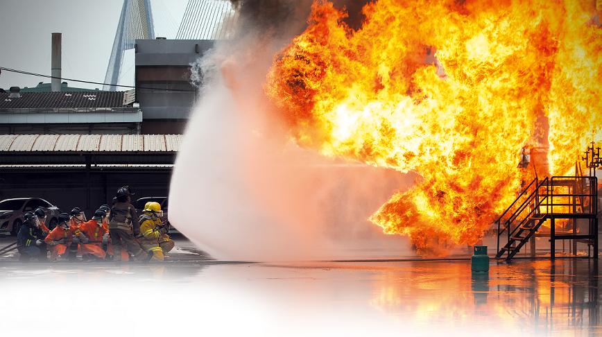 اولین شرکت دانش بنیان در عرصه تجهیزات آتش نشانی